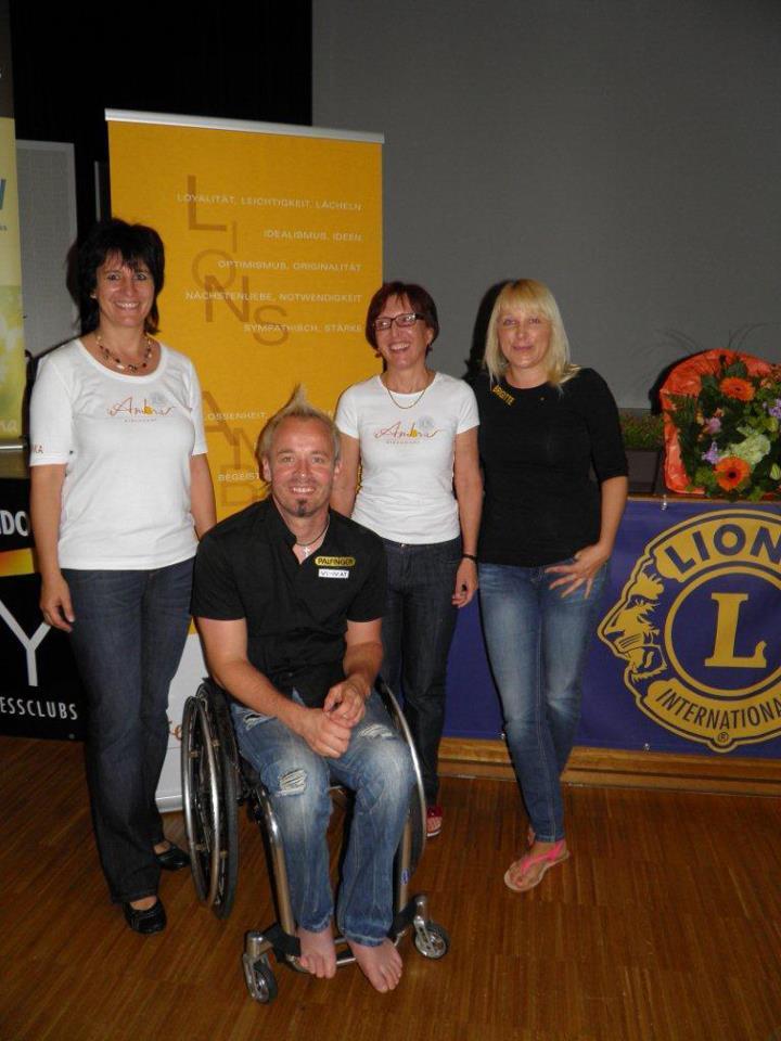 """Lionsklub Kirchdorf AMBRA spendete für """"walk 'n' roll"""" 2500€"""